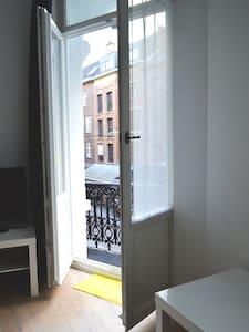 Charming City Centre Apartment - Antwerpen - Apartment