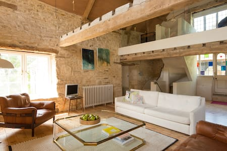 Modern Hayloft in Cotswolds - Apartmen