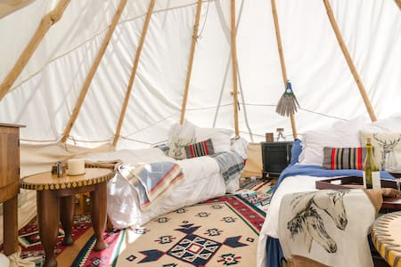 Beach Canyon authentic Tipi Glampin