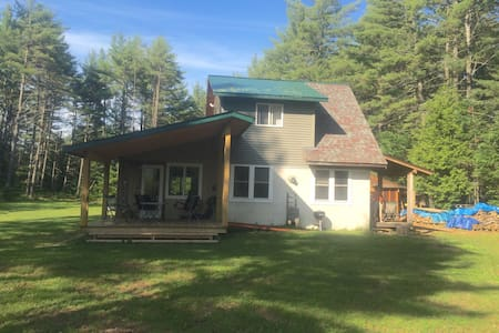 North Hudson Adirondack Retreat - Huis