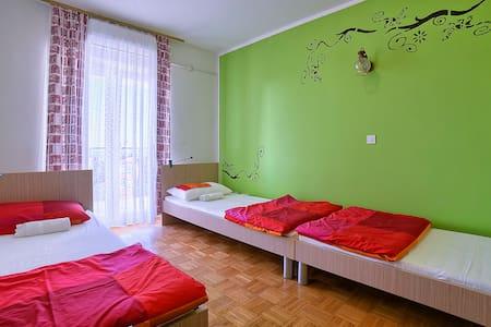 Private 3 bed room,sea view,Štinjan - Pula - Asrama