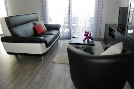 Location d'une chambre de mon appartement de 62m² - Lejlighed