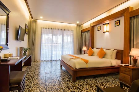 Private King Size Bed Room Near Angkor + Pickup - Bed & Breakfast
