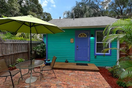 The Frog House-Downtown Sarasota - House