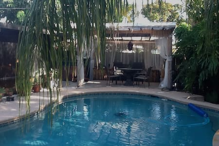 Tropical Paradise of Wilton Manors