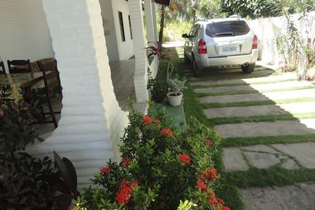 Casa Linda e Confortavel na Praia da Taíba - Mökki