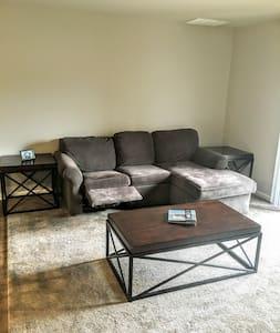 Brand New Modern Apartment - Appartamento