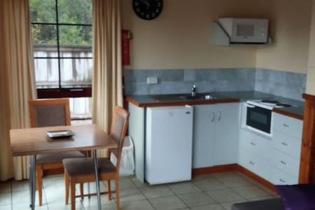 Strahan - Two Bedroom Apartment - Cabin