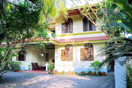 Homestay Close to Backwaters