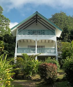 Chez Bijoux Self-Catering - Rumah