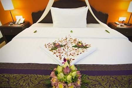 CENTRAL Hostel - A/C Room for 1 Adult (Single Bed) - Krong Siem Reap - Outro