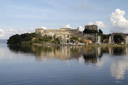 Wonderful flat  Bolsena's lake - Talo