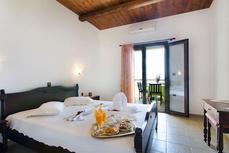 Kavousi Resort Apts - Falasarna - Falasarna