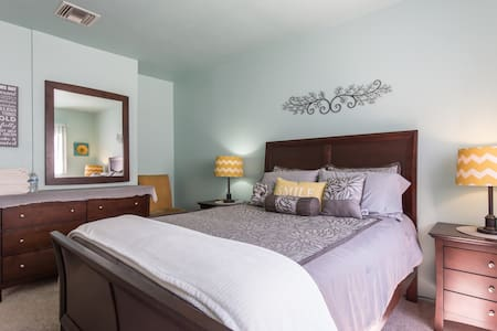 Our Sherman Oaks 2 Room Suite is setup as a 1 Bedroom with a Living Room.  An Air Mattress or quirky  sofa bed in the Living makes a 2nd Bedroom that sleeps 2.  Pool, Sauna, Laundry on site. 1/2 block to Metro Line. Great Location!
