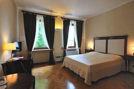 Lago di Garda, Villa Ferrario - Bed & Breakfast