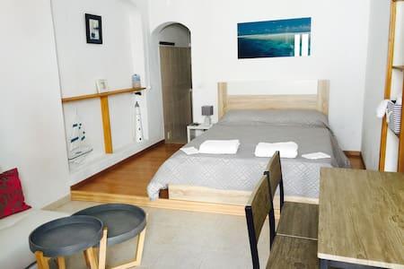 chambre avec salle de bain privée - Haus