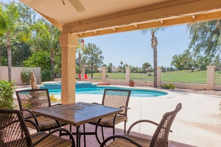 3BR Home w/ Pool on Golf Course - Chandler - 獨棟