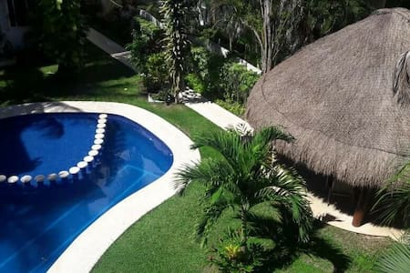 """Casa Palmera"" chilling suite, pool & good vibes. - Apartment"