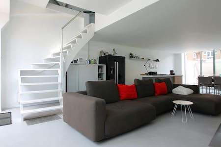 One-Bedroom Loft city Center Brugge - Loftlakás