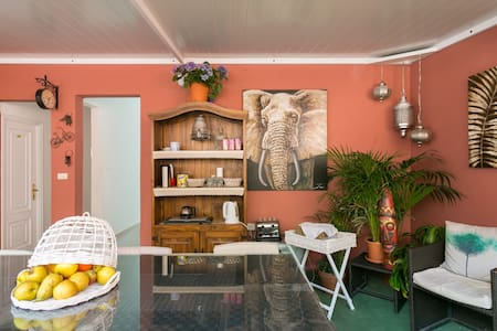Casablanca B&B, Simple Con balcón. - Bed & Breakfast