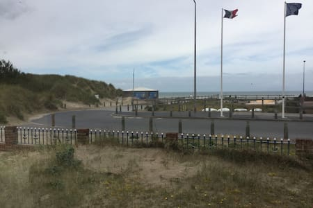 Room 3, bkft included - Bray-Dunes