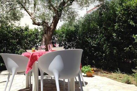 comfortable villa near Lecce - Huvila