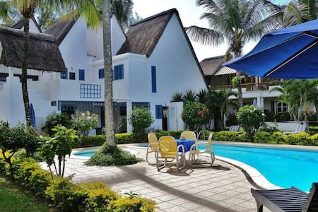 Blue Bird Mauritius, Studio's - Grand Baie - Bed & Breakfast