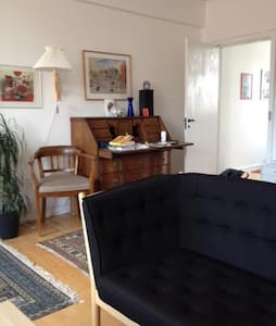 2 rooms with spce for 3 persons