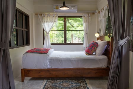 Phuttal Residence : Lady Single Bed - Phra Nakhon Si Ayutthaya - House