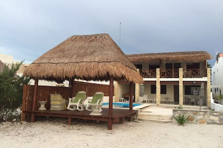 Luxury Villa in Front of the Ocean - Progreso
