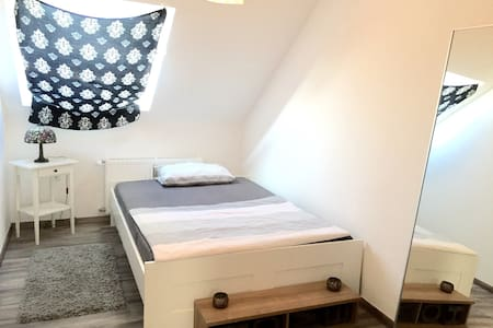 Bright bedroom - Bamberg