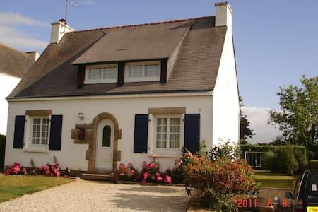 maison néobretonne - Haus