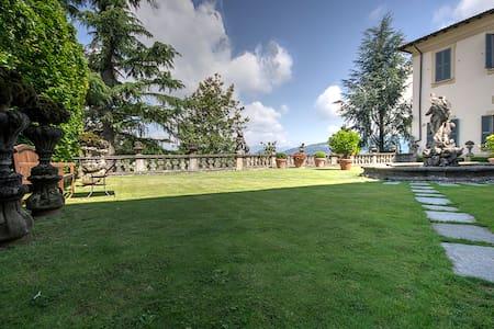 villa Agnesi fra Milano,Lago,Expoht - Montevecchia - Villa