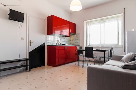 Apt. The Berlin Mood 300m dal mare. - Gaeta - Apartment