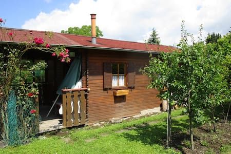 Cosy garden cottage with sauna - Cabanya