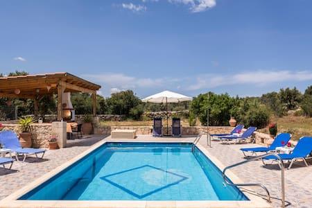 Villa Calypso close to Almyrida beach - Almyrida