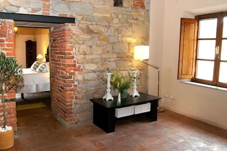 Authentic Tuscany - Romantic Medieval tower house - Lejlighed