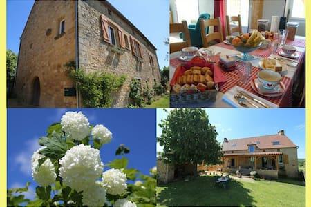 Chambres Dordogne proche de Sarlat - SAINT CIRQ MADELON - Bed & Breakfast