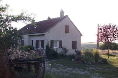 Maison familiale 150m² prox. Cahors - Rumah