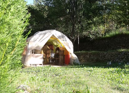 Camping in the Bendola Valley - Tent