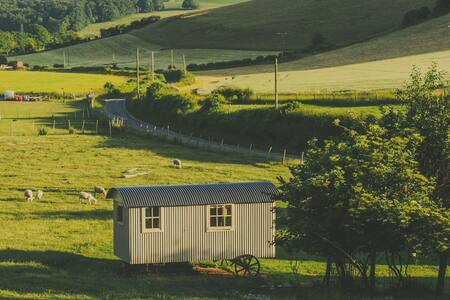 The Gallery Shepherds Hut, Tranquility! - Hutte