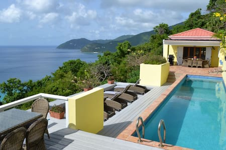 LongView Villa with 40ft Pool and Stunning Views - Long Bay