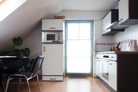Einraumwohnung - Treuen - Lägenhet