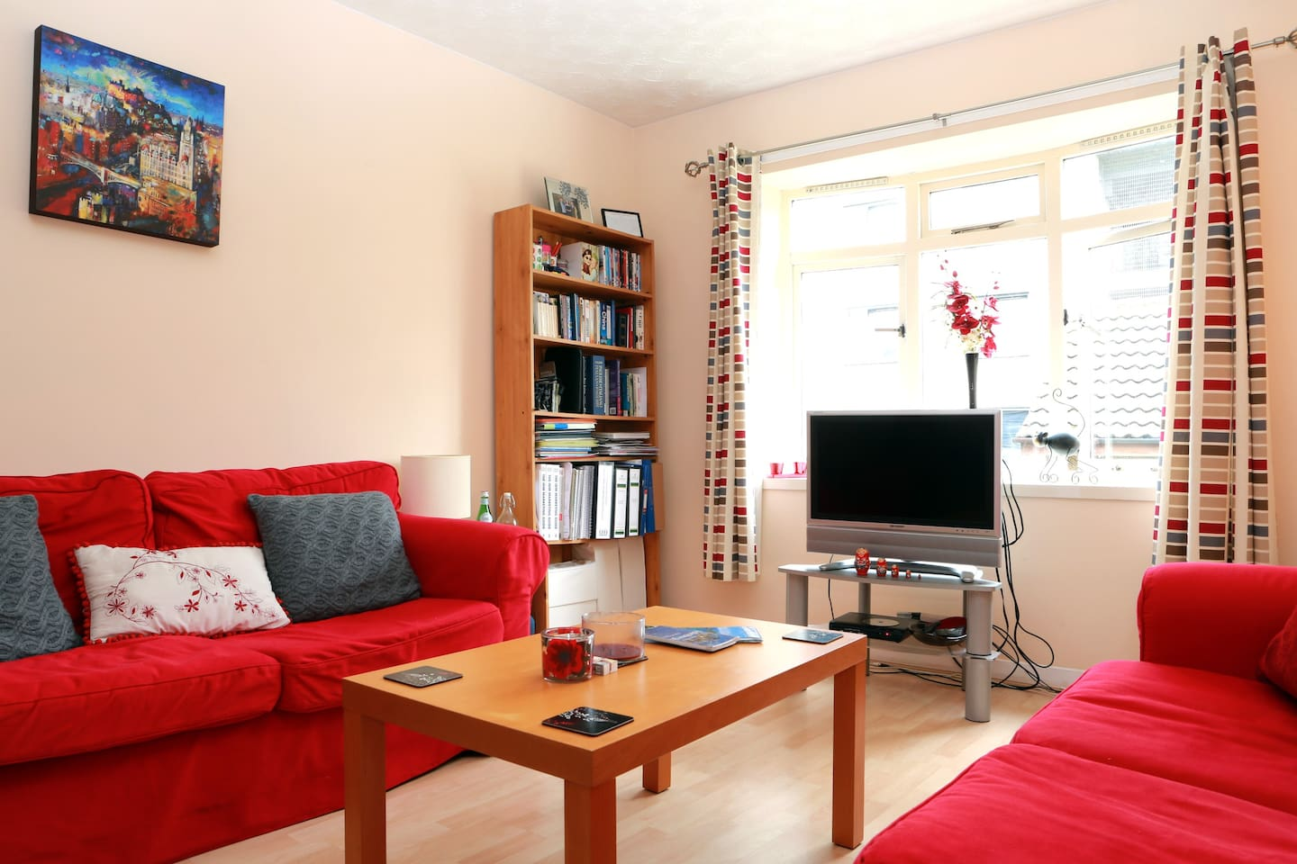 Cosy relaxed flat in Leith Area