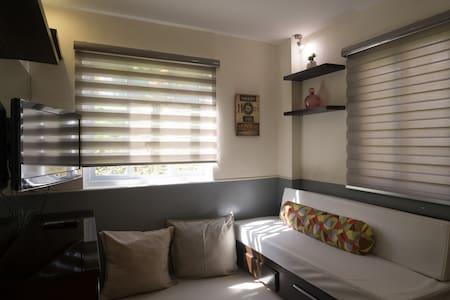 Cozy 2 BR Condo in Baguio w/ Cable - Lägenhet