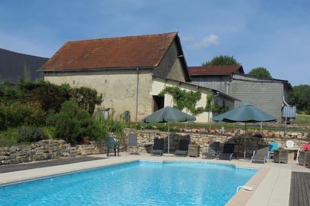 La Maison Bourboulou, Limousin. - Segonzac