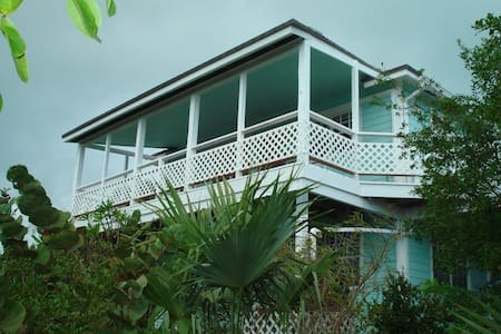 Exuma Hummingbird House -  Nov/Dec special now ! - House