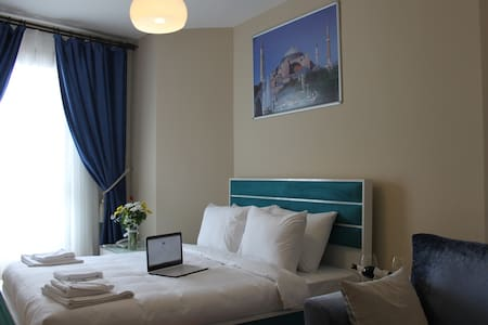One bed room in Sultanahmet Wifi - Fatih - Lejlighed
