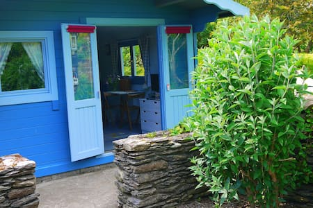 Garden Chalet. Wild Atlantic way set in 17 acres - Schull - Chalet