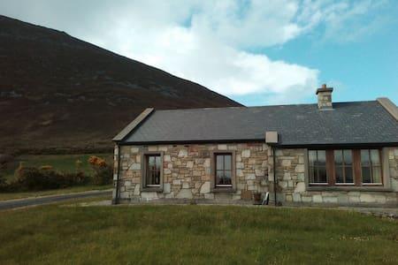 Slievemore, Dugort, Achill Island - Mökki
